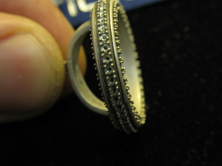 сейчас на изготовление кольца